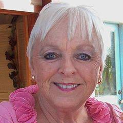 Elaine Lyttleton, President, Ramona H.E.A.R.T. Mural Project